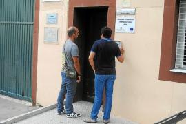 La policía irrumpe en Es Pinaret e investiga las agresiones a menores del grupo neonazi
