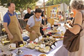Esporles celebra la más dulce de las ferias de Mallorca