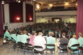 Los docentes volverán el lunes a las aulas pero avisan de que el conflicto sigue abierto