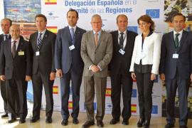 Bauzá se alínea con los barones del PP y rechaza la propuesta de Sánchez-Camacho