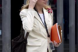 El juez investiga si la salida de fondos de las cuentas de Aizoon corría a cargo de la Infanta
