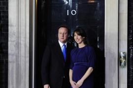 El 'tory' Cameron, primer ministro británico con el apoyo de los liberales