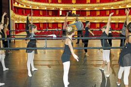 El Ballet Jove Mallorca revive con Jean Philippe Dury desde el Principal