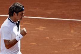 Federer cumple y Nadal entra en acción