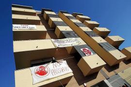 Estrasburgo paraliza el desalojo de un bloque ocupado por la PAH en Salt