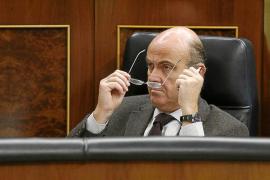 El Gobierno impone a CCAA y municipios un ajuste de 17.470 millones hasta 2015