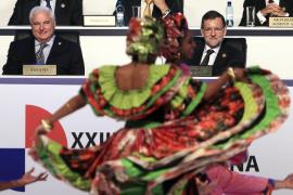 El adiós de Iglesias acapara la apertura de la cumbre
