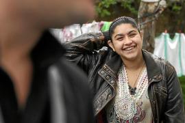 Francia deja volver a la niña kosovar expulsada, pero sin su familia