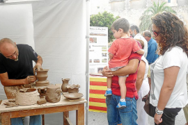 Santanyí exhibe su potencial artesanal y empresarial y reactiva la economía local