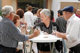 La deliciosa gastronomía y el vino local consolidan la Fira de Tardor