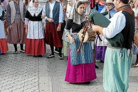 Felanitx se llena de visitantes para revivir la tradición de las matanzas