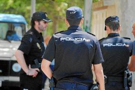 Detenidos dos hombres por robar 1.800 kilos de almendras en la finca de Xorrigo