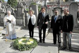 El PP condena el franquismo en Cort un día después de negarse en el Parlament