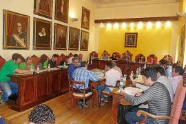 El Ajuntament rectifica y anuncia una congelación de impuestos para 2014