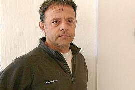 Salvador Martínez, ganador del Premio de Poesía Experimental de Badajoz