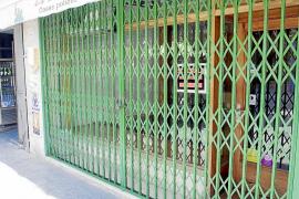 IBIZA - LA CRISIS ECONOMICA OBLIGA A CERRAR MAS DE 2.700 EMPRESAS EN LAS ISLAS.