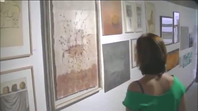Hoy se presentan las obras de Toni Catany y Antoni Tàpies para la caja de resistencia de los docentes