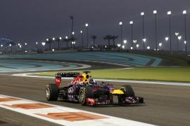 La noche de Abu Dabi muestra que el ritmo de Vettel no decae