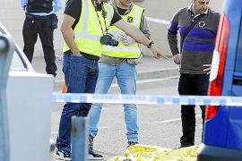 Un fallecido en un tiroteo entre familias gitanas junto al cementerio de Figueres