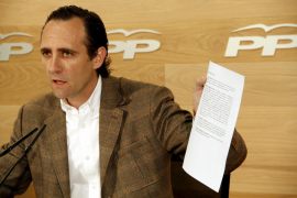 Bauzá: «Aquí para contratar a dedo se fraccionaban contratos»