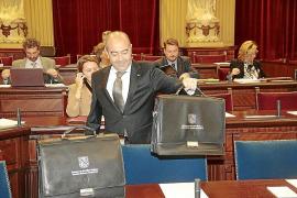 Gómez no aclara si Bauzá dimitirá en caso de ser imputado en la querella de UGT