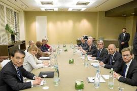 Las objeciones de Francia retrasan el acuerdo entre Irán y el grupo 5+1
