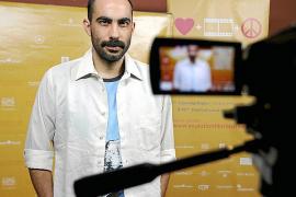 Fernando Frías se multiplica en 'Rezeta', una comedia «autobiográfica»