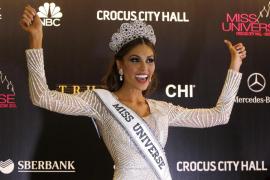 La venezolana Gabriela Isler se corona Miss Universo en Moscú