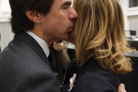 Botella cree que Aznar es «sin duda» el mejor presidente  de la democracia
