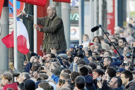 La ultraderecha abuchea a Hollande durante la celebración del armisticio