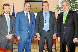 El Gobierno ordenará la bahía de Pollença para reducir los fondeos ilegales