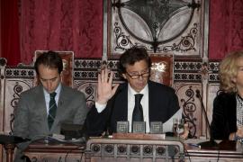 Cort aprueba su presupuesto de 2014 de 382 millones sin apoyo de la oposición