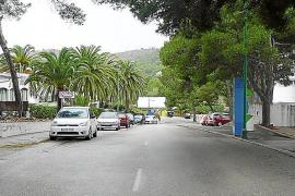 La dotación de servicios de Cala Provençals se retrasa un año