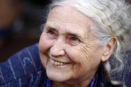 Fallece a los 94 años la escritora británica Doris Lessing