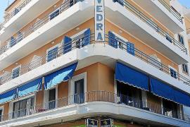 IBIZA - FACHADA DEL HOTEL VEDRA .