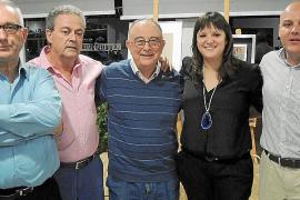 Cena a beneficio de Projecte Home en el polideportivo de sa Pobla
