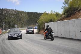 La carretera Andratx-Estellencs abre al tráfico casi tres meses después del hundimiento