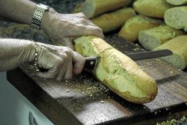 Más de quince asociaciones trabajan a diario para que nadie se quede sin comer