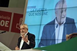Griñán: «Los de mi generación hemos prestado un buen servicio, pero nuestro tiempo ha pasado»
