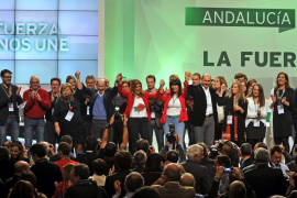 Rubalcaba destaca el «poderío» de Díaz, quien anuncia un «tiempo de cambio»
