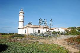 Los faros de Balears generan interés de inversores para su explotación comercial