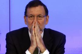 Rajoy dice que se ha pedido mucho a los españoles pero  se les devolverá «con creces»