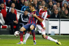 El Barça muestra su peor versión y cae ante un gran Ajax (2-1)
