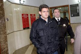 Chacártegui se define como «yonqui» y «cabeza de turco» en el 'caso Ossifar'
