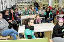 Familias y profesores  reflexionan y buscan una salida al conflicto educativo