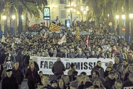 Protesta masiva en Valencia contra el cierre de la radiotelevisión pública