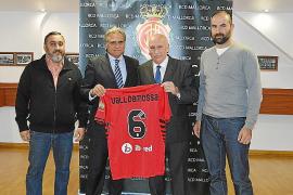 El RCD Mallorca, con Valldemossa y el club Son Caliu