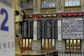 Las eléctricas caen en la Bolsa por la marcha atrás del Gobierno sobre el déficit