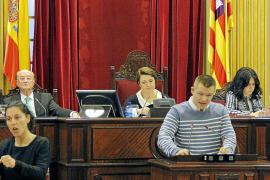 Los discapacitados piden al Parlament que la acción social no tenga color político