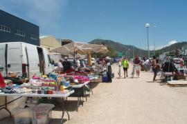 Mercado de antigüedades y de segunda mano de Son Bugadelles